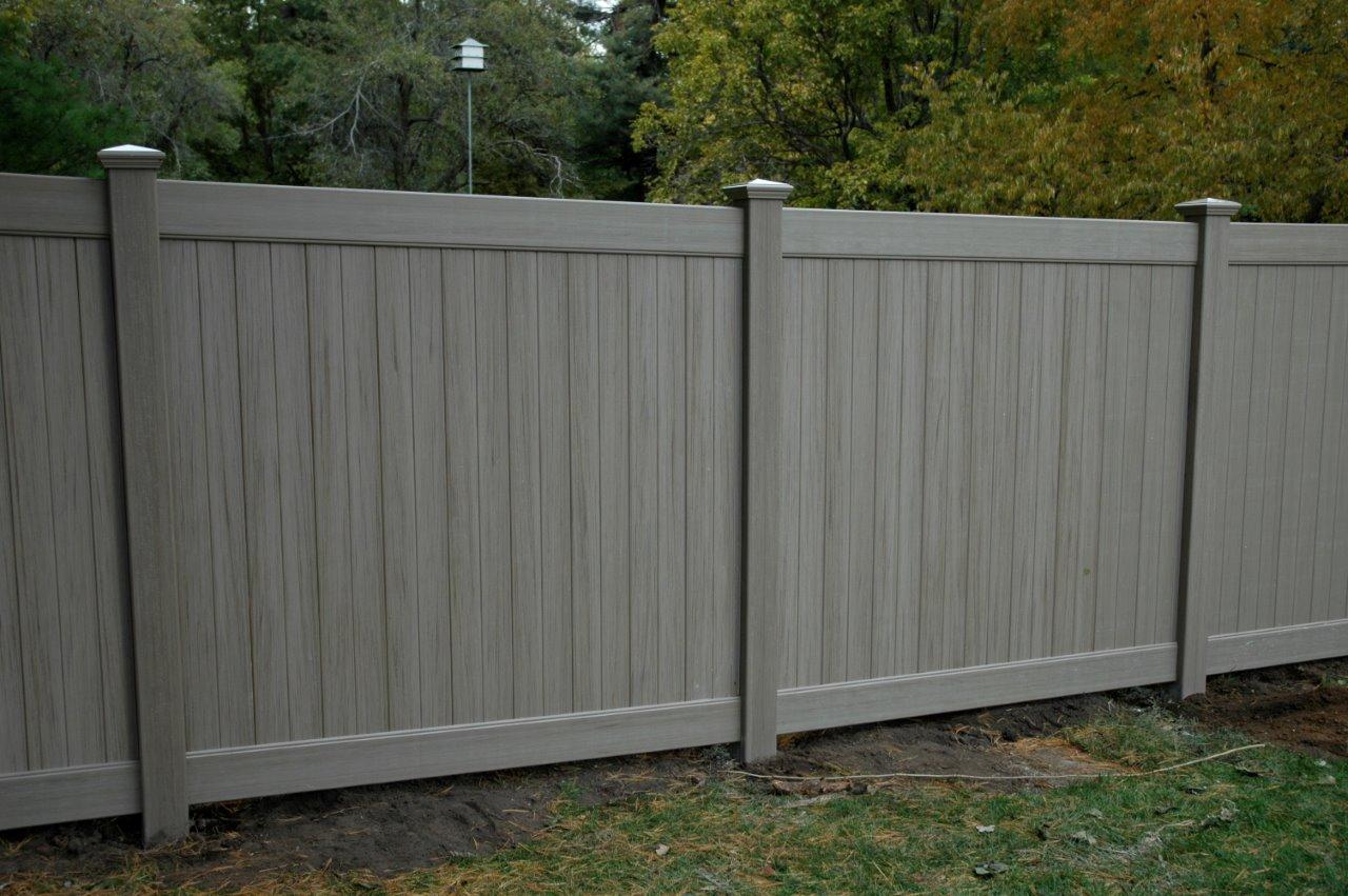 Garduri aluminiu sau PVC